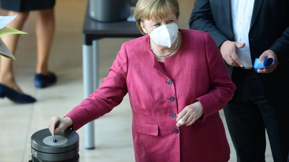 Read more about the article آلمان: آنگلا مرکل طرفدار گفتگو با طالبان – اروپا – بین المللی است
